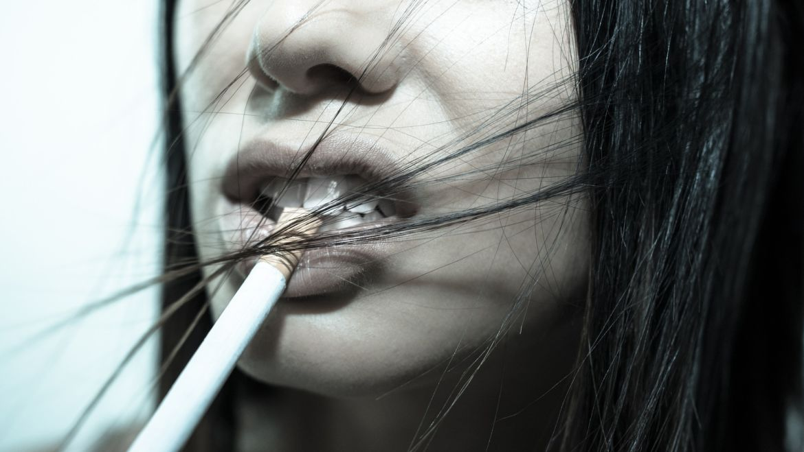7 Oral Health Reasons to Stop Smoking